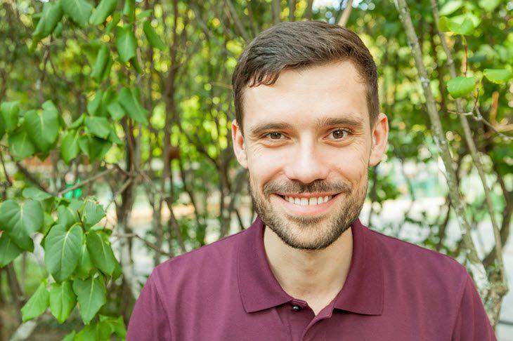 Florian Günther von Berlin Hypnose vor der Praxis in Prenzlauer Berg